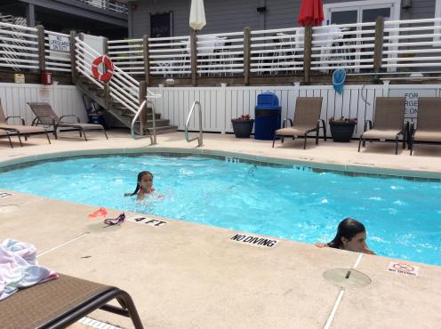 st simons pool